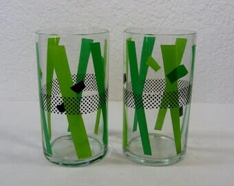 Retro Graphic Green Glasses