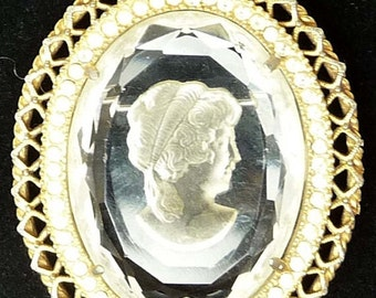 Reverse Intaglio Cameo Brooch - Vintage Carved Style Pin