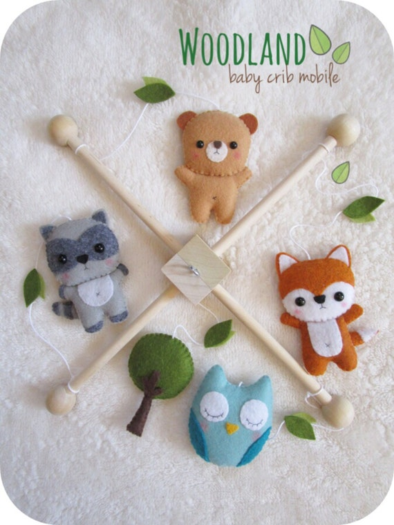 Woodland animals baby mobile forest nursery decor by pinktopic for Woodland animals nursery mobile