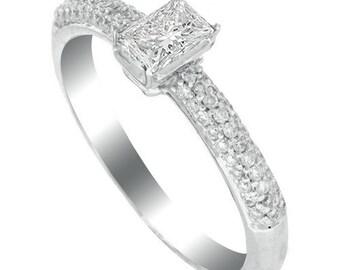 white diamond ring  18k white gold