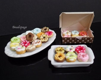 Miniature Donuts for 1:12 scale Dollhouse / Sylvanian Families - Petite Pastry Patisserie Fake food (donut size 0.8cm/8mm)
