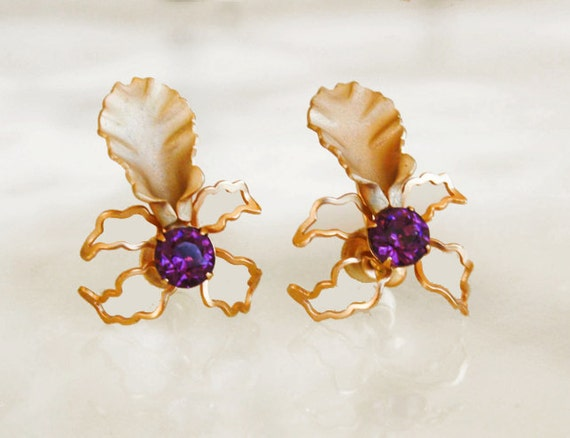 Bugbee niles antique floral and lavender stone screw back for Bugbee and niles jewelry