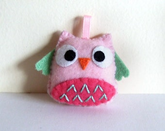Very pink and light green owl keychain