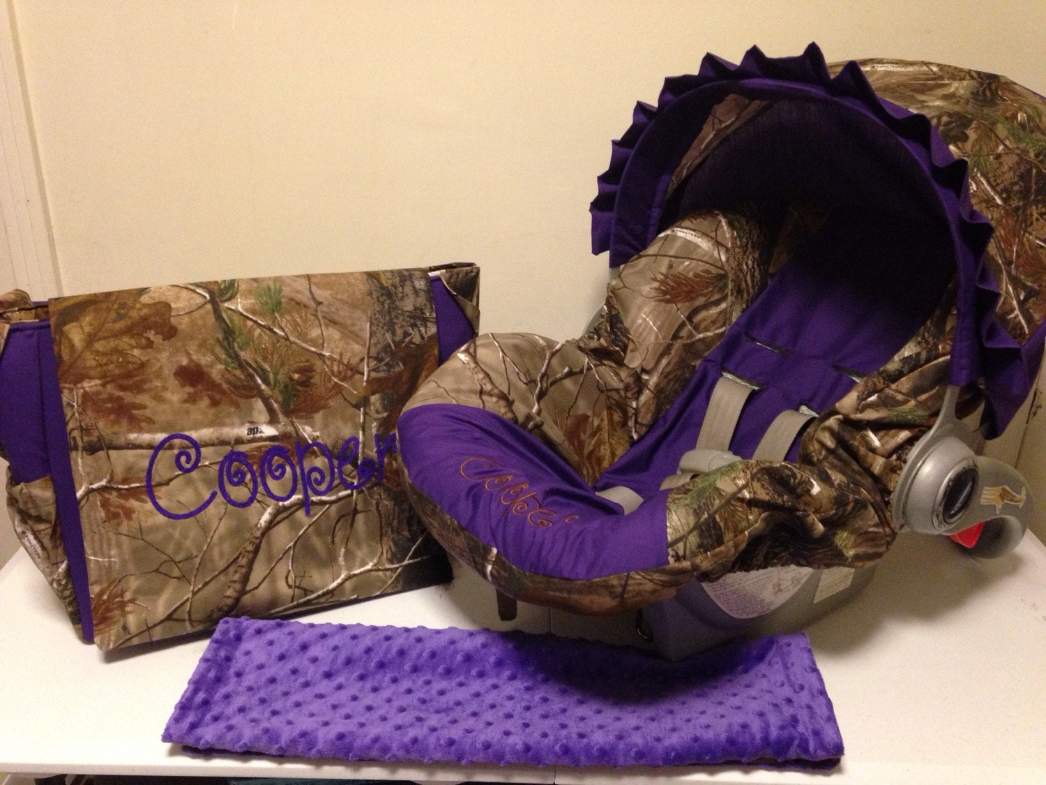 3 Piece Set Realtree Camo Fabric And Purple Infant Car Seat