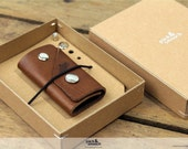 Keychain keyholder made of 100% vegetable tanned light brown leather for up to 5 keys KG-S-LB