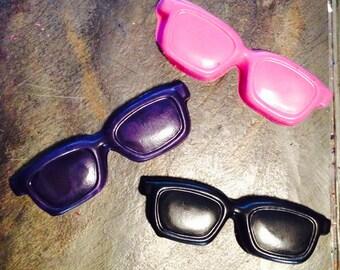 Sunglasses crayon set of three