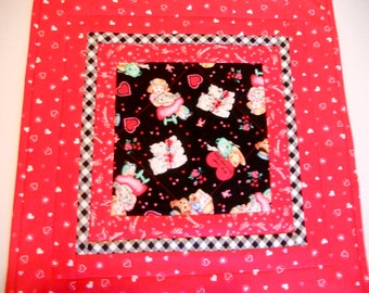 Valentine Quilted Table Topper with Kitties, Quilted Table Runner, Valentine Table Quilt, Vintage Retro Style Topper, Kittens, Puppies, Cats