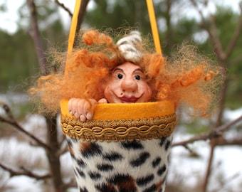 "Pop-up Puppet ""Gloria the Troll"" Hand Sculpted Art Doll / Toy"