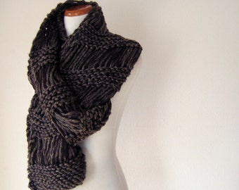 Dark Brown Bold Scarf