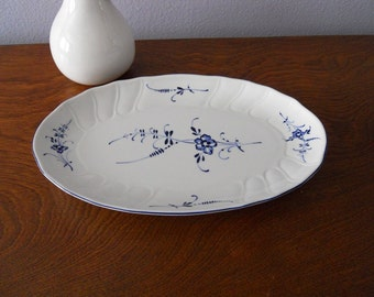 SALE Villeroy & Boch Old Luxembourg Pickle Dish Blue and White Serving Plate