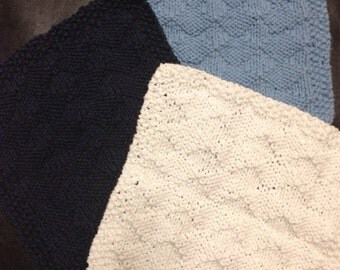 Diamond patterned knit dishcloths