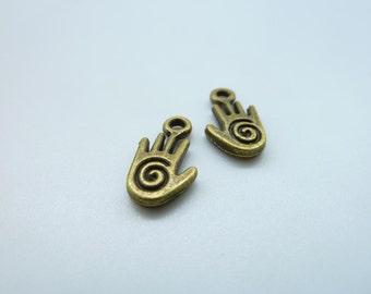 50pcs 8x15mm Antique Bronze Mini Hand   Charms Pendant c3731