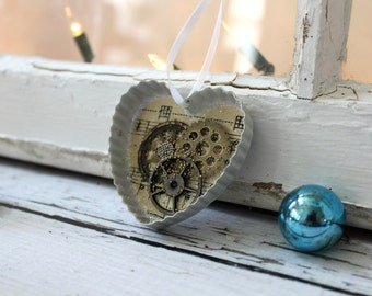 Vintage Cookie Cutter Holiday Ornament - Heart