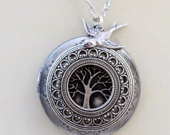 Locket,Tree of life locket,Jewelry,Pendant Necklace,Silver Locket,Leaf,Tree,Bird,Antique Style,Jewelry Gift,Locket Necklace,Wedding Necklace