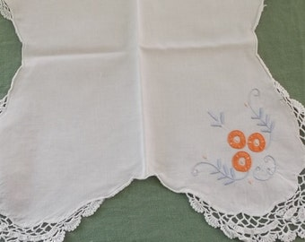 Vintage Bun Warmer Basket Liner, White Cotton with Crochet Edge, Orange and Blue Embroidery