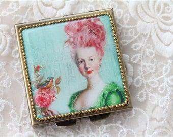 Lady08- Whimsical Retro Women - Fashion Vintage Women - Victorian Women - Pill Case - Pillbox- pil box-Compact Mirror-Trinket Box