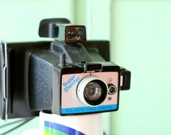 Vintage POLAROID Super Shooter Camera....retro. photo prop. camera prop. kitsch. funky. 1980s camera. vintage polaroid. vintage camera