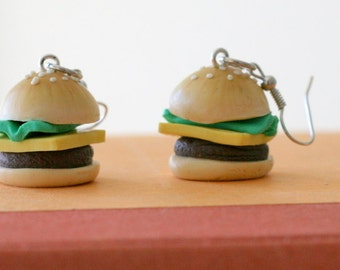 HAMBURGER Earrings...kitsch. retro. earrings. kawaii. jewelry. kitsch. food charms. fun. food charms. fast food. hamburger. burger and fries