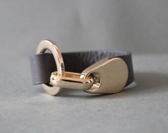 18k Plated Ring Closure Soft Shrunk Leather Bracelet(Grey)