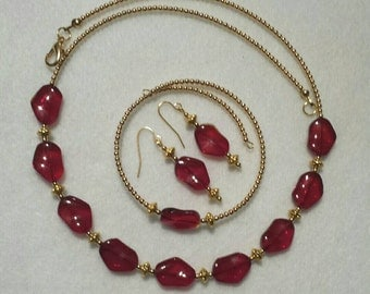 Necklace, bracelet and earrings. Ruby red and gold. Nice Valentine's Day gift. FREE SHIPPING!
