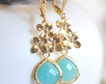 Turquoise Teardrop and Gold Flower Drop Earrings. Turquoise Dangle Earrings. Bridesmaid Earrings. Jewelry Gift for Her.  Bridal Party Gift.