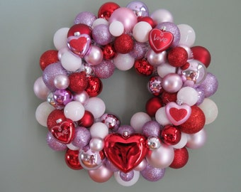 VALENTINE Wreath RED White Pink Ornament Wreath 1 15 Cute HEARTS