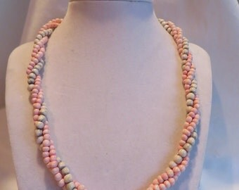 "19 1/2"" Pale Pink and Green Twisted Necklace"