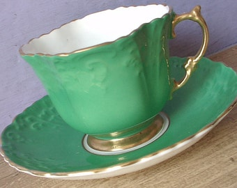 Antique 1930's Kelly Green tea cup and saucer, Aynsley tea cup, Green and gold English tea cup, Bone china tea cup, Gift for irish tea cup