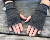 Fingerless Gloves, Gloves with Bow, Wrist Warmers, Texting Gloves, Womens Gift, Gifts for Her