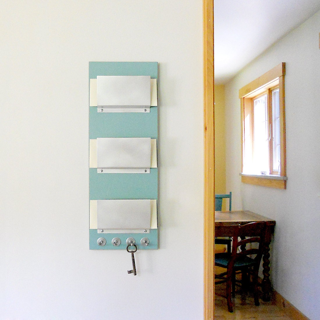 TRIPLE MAIL HOLDER Wall Mount Family 3 Slot Mail Organizer