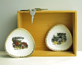 Vintage Buick and Cadillac car dishes - Cadillac 1904 and Buick Model C 1905 - antique GM car collectible -