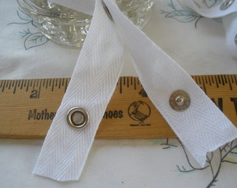 "Snap Tape White Cotton Twill silver metal 3/4"" wide BTY fasteners By the Yard cool hanger trim crafts 2"" spaced .375"" snaps yardage Scovill"