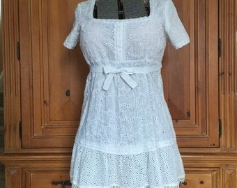 XL Upcycled Shabby Chic Romantic lace Top / Vintage White Eyelet Lace Too / Cottage Chic French Country Tunic