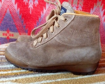 Vintage Italian made Vasque leather hiking boots 6