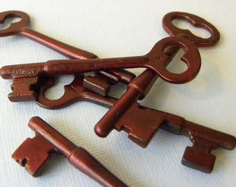 Burgundy skeleton key