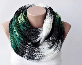Chunky knitting infinity loop scarf,crochet cowl scarf , chunky crochet scarf ,big crochet scarf, infinity chunky , crochet cowl chunky