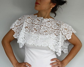 Off White Crop Lace Shoulder Wrap, Shabby Chic Bridal Lace Capelet, Bridesmaids Gifts, Romantic Top Shrug. Handmade