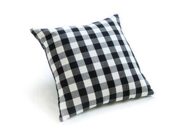 "Buffalo Check Plaid Black & White 18"" Pillow"