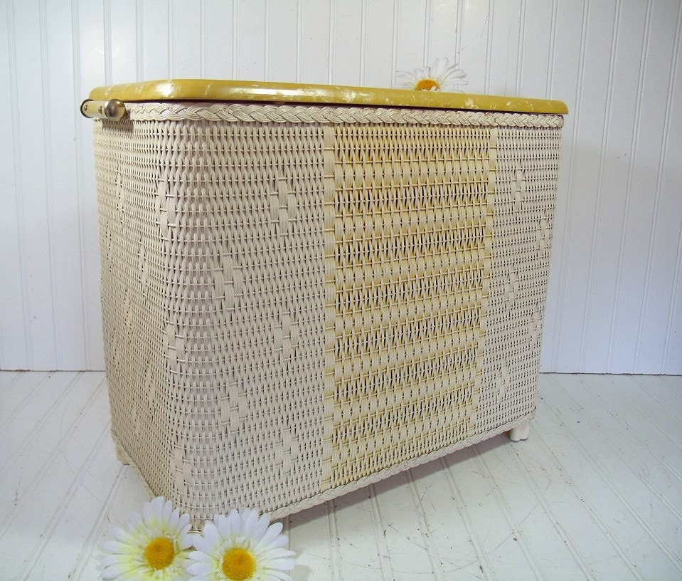Vintage spring yellow ivory wicker wooden clothes hamper - Wicker clothes hamper ...