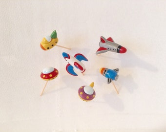 Retro Like Spaceships and Rockets Cupcake Toppers/Cake Decorations