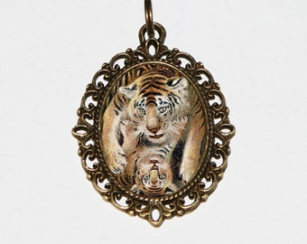 Tigers Necklace, Tiger Necklace, Tiger Jewelry, Oval Pendant