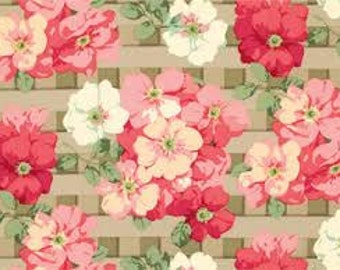62507 -  Martha Negley Rose Garden PWMN068 Trellis rose in natural color cotton fabric- 1 yard
