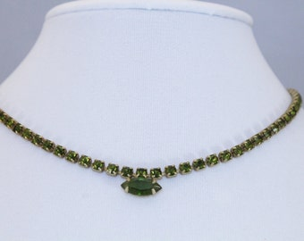 Vintage Gold Tone With Green Rhinestone / Crystal Necklace