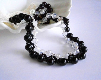 Black Necklace, Crystal and Pearl Necklace, Seed beads necklace, Beaded  Necklace