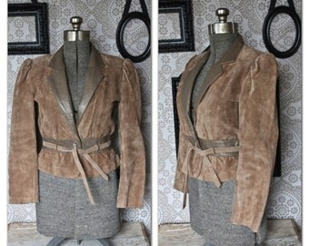 Women's 1980's early 90's Wilson's Leather Tan Suede Leather Coat with Tie Waist Medium