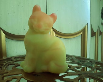 Vintage FENTON BURMESE CAT Glass Figurine Pink Yellow Kitten Collectible