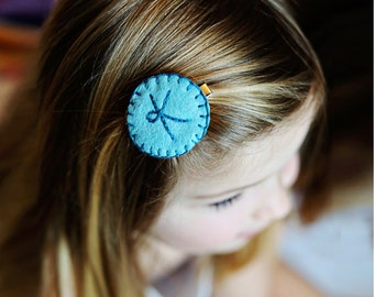 Girls Personalized Hair Clip, Custom Initial, Felt Hair Clip, Girls Gift, Girls Hair Accessory, Toddler Hair clips, Pink, Purple, Teal