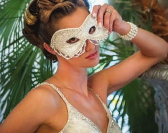 Burlesque Bride Couture Ivory Silk and Lace Wedding Masquerade Ball Mask
