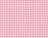 Fat Quarter Fabric for quilt or craft Tiny Houndstooth in Pink