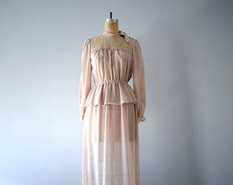 SALE . 1970s gown . 70s vintage dress . medium